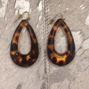 NWOT Loop Earrings